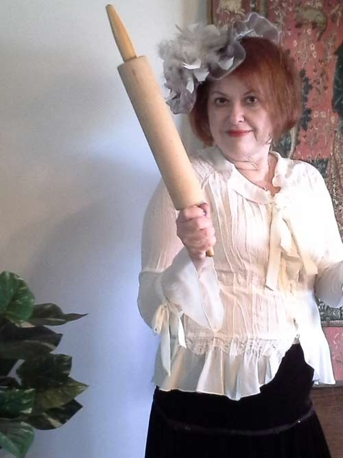 Haunted-Christmas-Nanny-rolling-pin